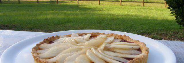Tarte aux poires/confiture de fraises, sur pâte sablée La pâte est réalisée au Cook Expert de Magimix
