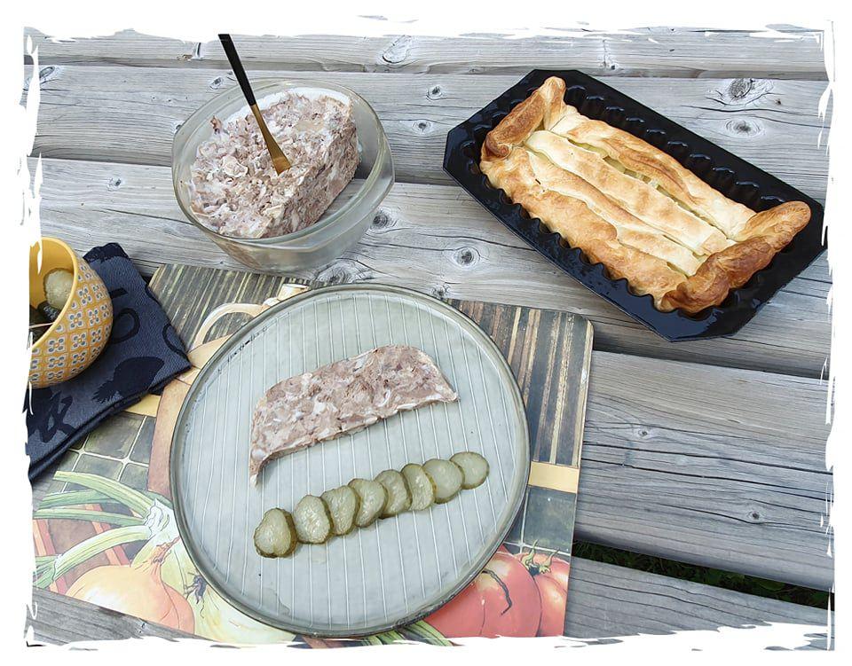 """Les spécialités dans """"Les Combrailles"""" : pâté de tête et pâté de pommes de terre"""