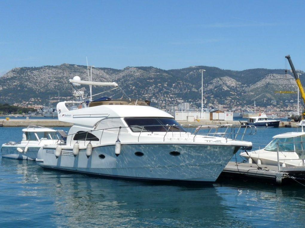 Kriss II , a quai à  la Seyne sur Mer le 05 mai 2014