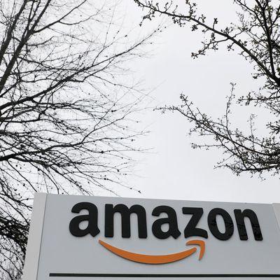 Amazon suspenderá el servicio de entrega que compite con UPS, FedEx