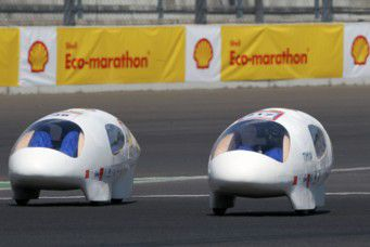 European Shell Eco-Marathon 2011  Et deux (grosses) coupes de plus!