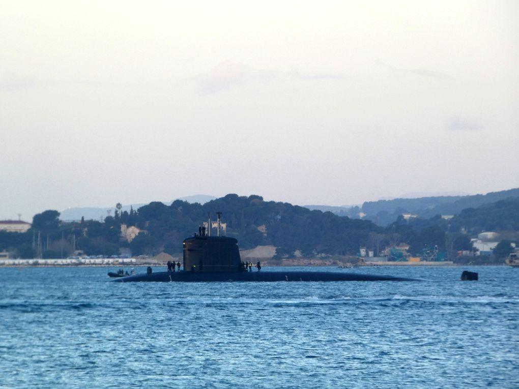 Appareillage d'un SNA  à Toulon le 21 février 2021