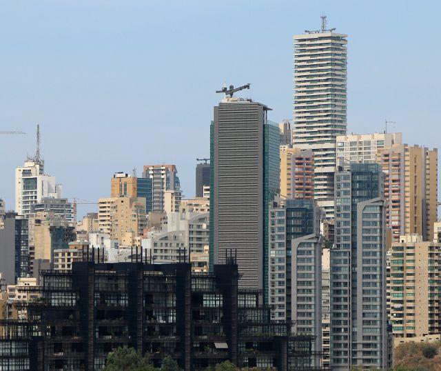 Beyrouth : quelques gratte ciel et son port
