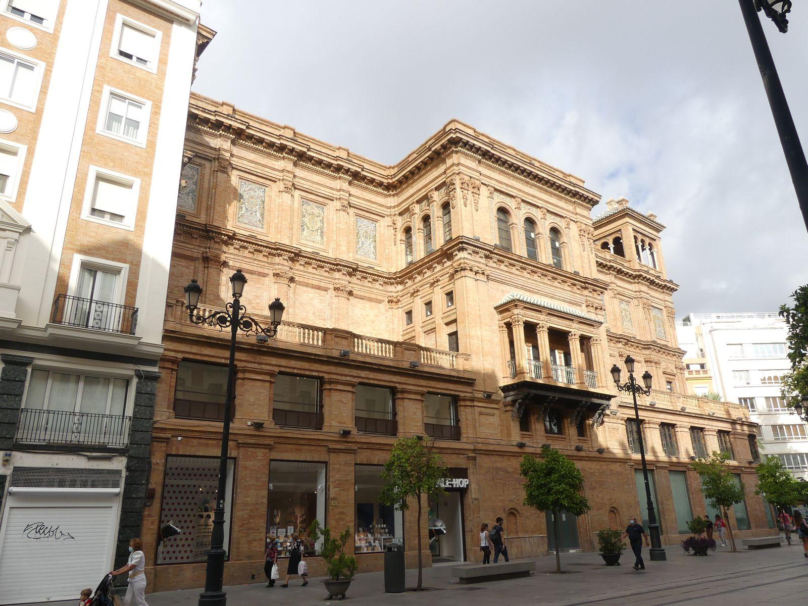Musée des beaux-arts et différents endroits de Séville
