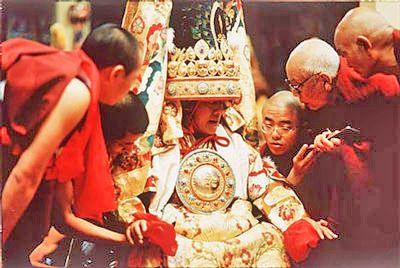 Le Netchung Kuten, médium du Dalaï lama