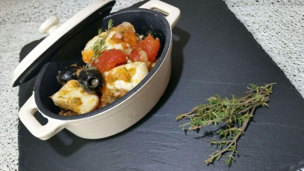 mijoté de poulet à la tomate et au thym