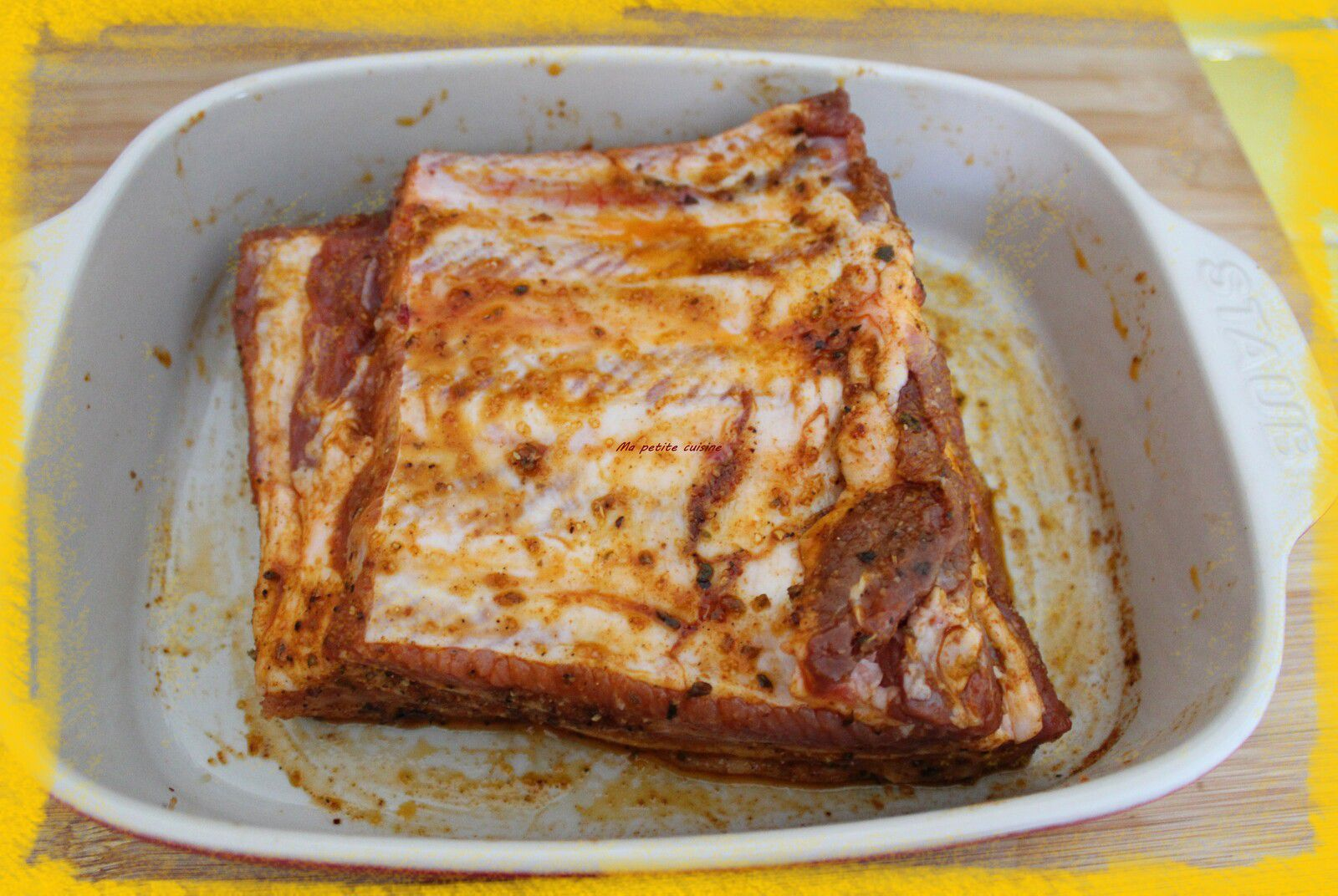 Travers de porc laqués au sirop d'érable et épices au barbecue