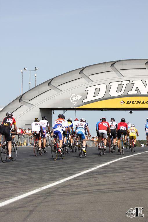 Les plus belles images de l'édition 2011 des 24 heures du Mans vélo. Photos : Émilie Drouet.