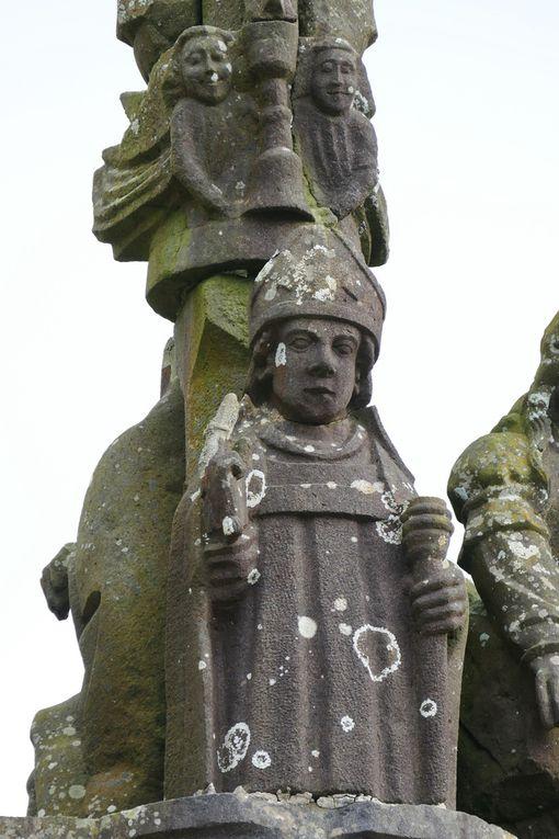 Saint Exupère (Bastien Prigent), calvaire de l'église de Dinéault. Photographie lavieb-aile, février 2017