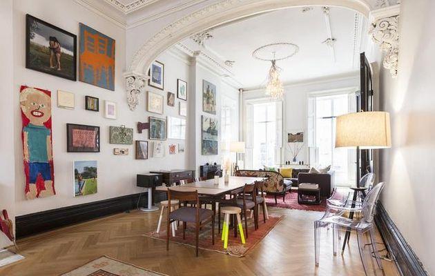 Mille tableaux sur les murs