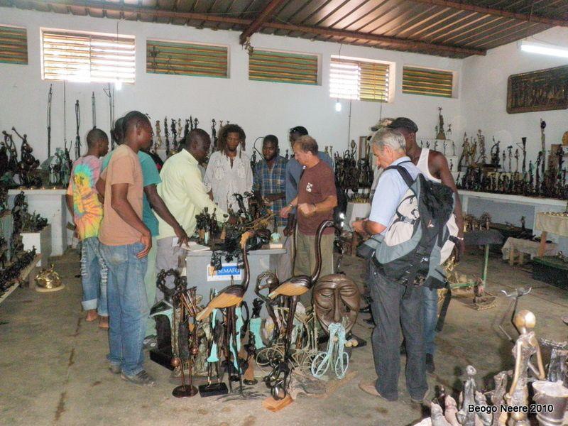 Suite du voyage dans la région de Ouahigouya et Bonsomnore des rotariens autunois conduits par Jean-Louis et Karim à la rencontre des Burkinabés et des actions menées par Beogo Neere