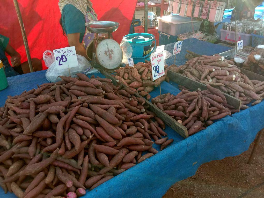 Vu au marché (20-09) - à Ban Nawang