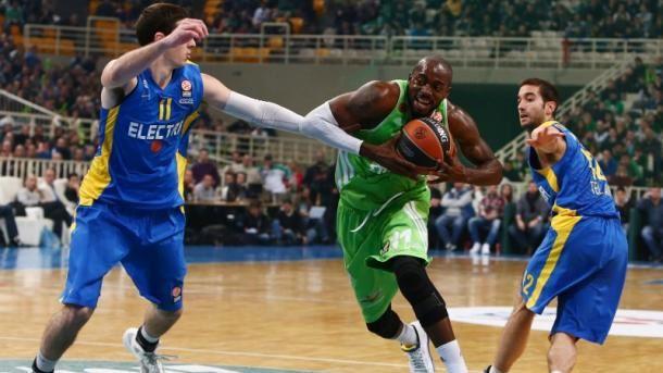 Le Panathinaikos battu à domicile par le Maccabi malgré un excellent Stéphane Lasme