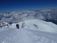 Descente du Mont Blanc, du sommet à Vallot (par les bosses)
