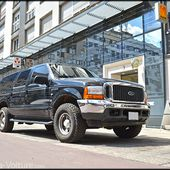 AG32 * Ford Excursion XLT V10 4x4 2000 - Palais-de-la-Voiture.com