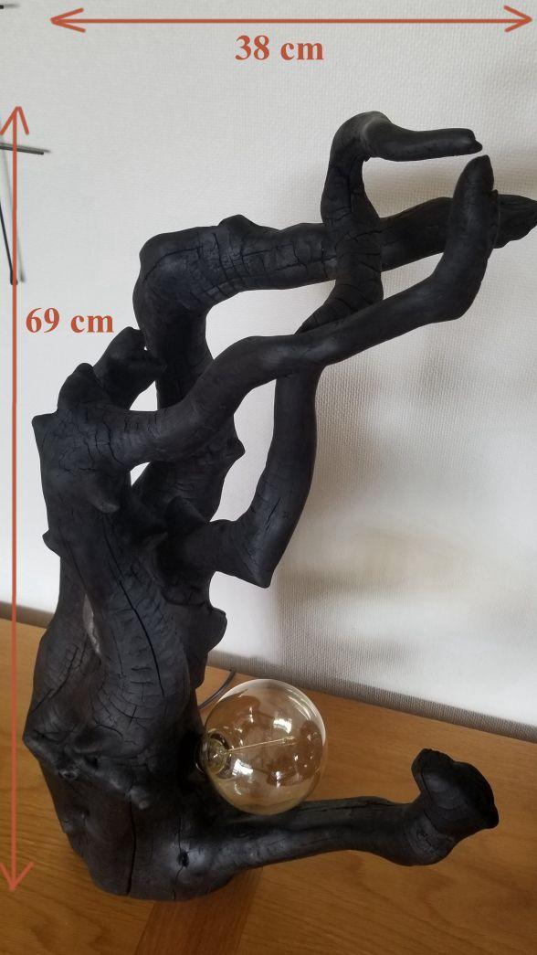 Grande lampe noire (méthode japonaise) bois flotté brûlé