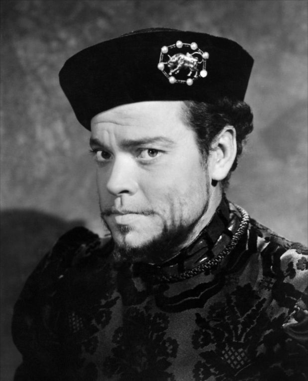 "Orson Welles in ""Citizen Kane"", ""The third man"", ""Arkaddin"" and at the end of his life."