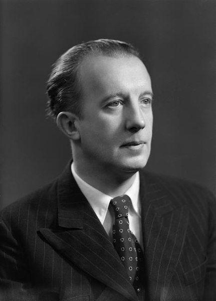 Paul Éluard Harcourt 1945