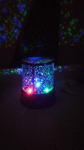 La veilleuse lampe LED de Nathaniel
