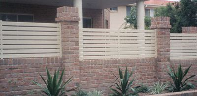 Making Your Outdoors Elegant and Safe With Aluminium Fencing