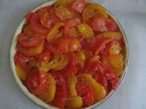 Tarte aux tomates et moutarde à l'ancienne