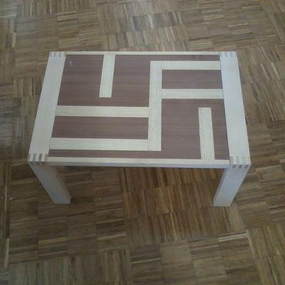 Table basse à allonges