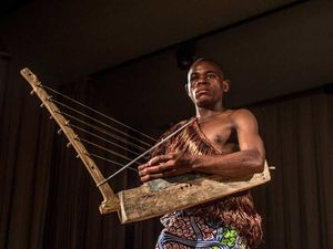 ensemble ndima, des pygmées aka du congo expert en contrepoint polyphonique