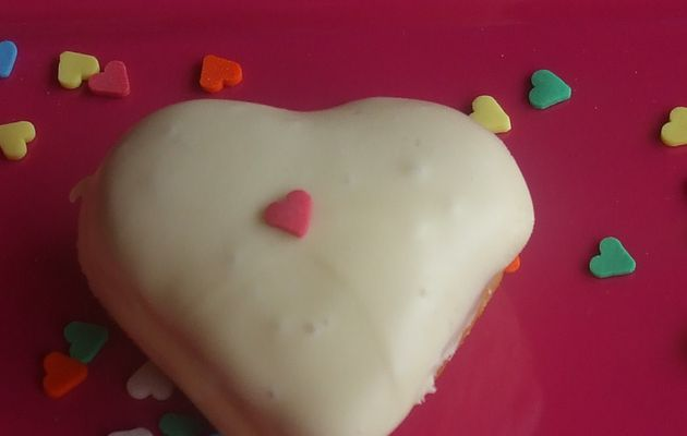 CORAZON DE CHOCOLATE BLANCO