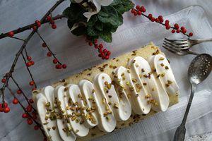 Buche lemon curd framboises et pistaches