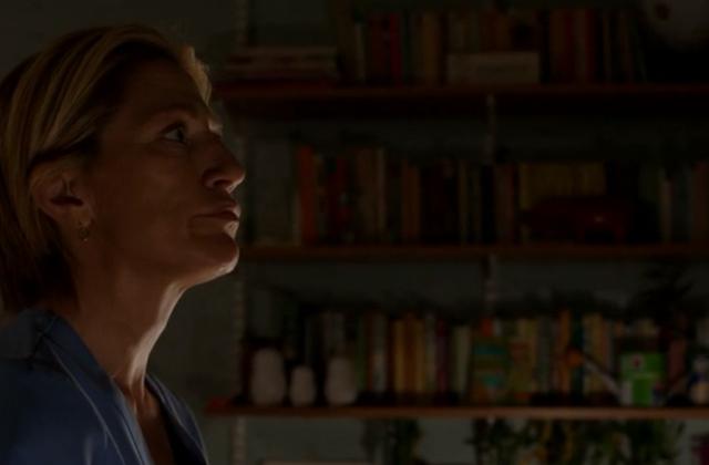 Critiques Séries : Nurse Jackie. Saison 4. Episode 3. The Wall.