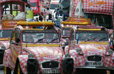 Du saucisson lyonnais embouteille les rues de Marseille