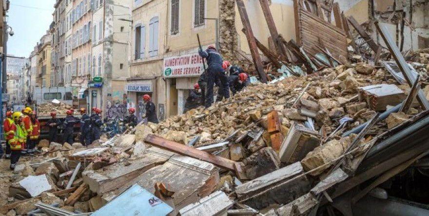 Marseille : la sénatrice Samia Ghali chahutée par des manifestants lors de l'hommage rue d'Aubagne