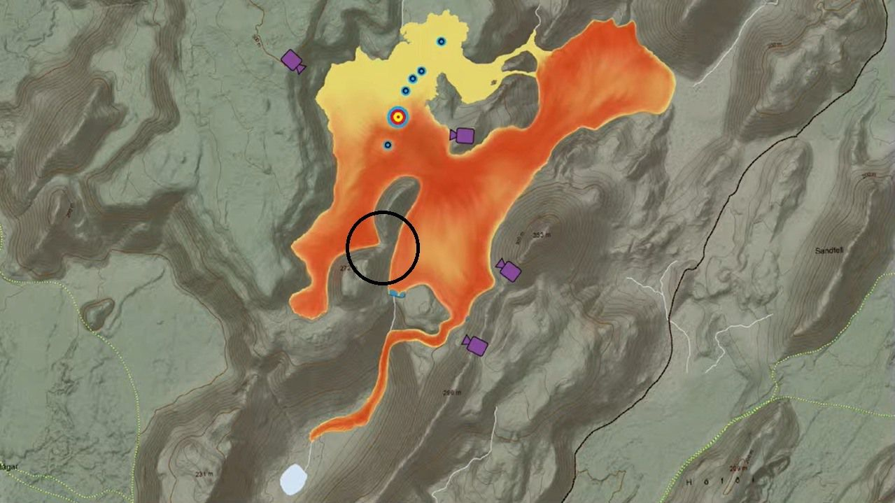 Fagradalsfjall - Lava field and danger of closure of the viewpoint (black circle) - map 05.31.2021