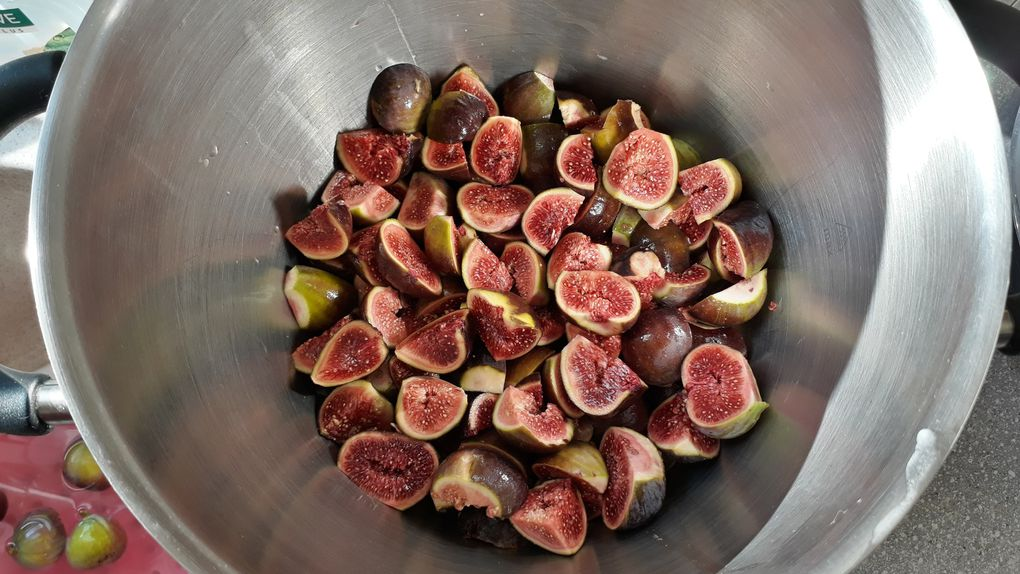 Cuisine de saison , champignons et figues