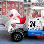 WHITE ROAD BOSS 2 CAMION DE COURSE MAJORETTE 1/60 - car-collector