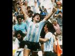 """""""Doma il mare, il mare doma"""": Gli Stadio la dedicano a Maradona"""
