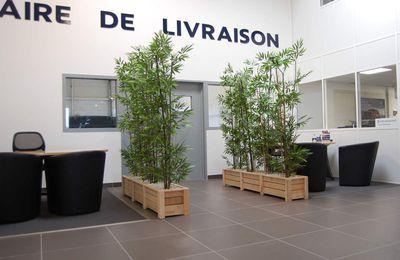 Meubles d'extérieur / intérieur  : Salons - Bancs - Tabourets - Bacs à Fleurs -Jardinières-etc....