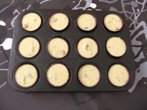 Cakes au saucisson sec et aux cacahuètes