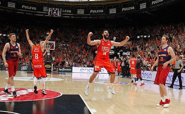 Valence élimine Barcelone et se qualifie pour les demi-finales du championnat espagnol