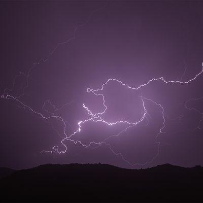 Photos de l'orage de la nuit du 13 août, vers 1h30 du matin, sur la vallée