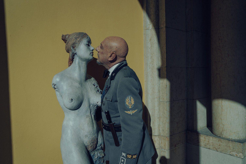Il cattivo poeta (BANDE-ANNONCE) avec Sergio Castellitto, Francesco Patanè, Clotilde Courau