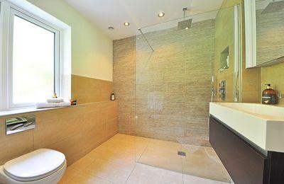 Accessibilité PMR pour la salle de bain, que dit la norme ?