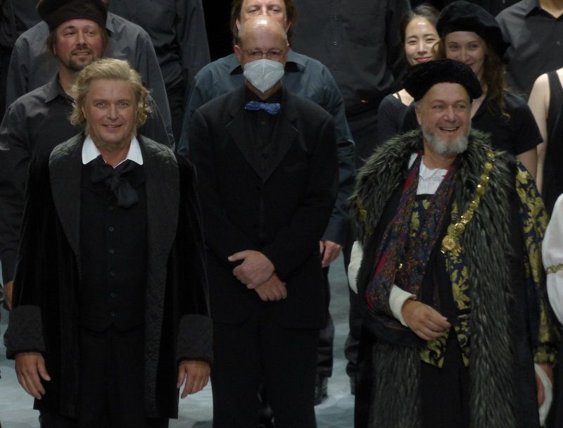 Klaus Florian Vogt (Walther von Stolzing), Eberhard Friedrich (Chef de Choeur) et Johannes Martin Kränzle (Beckmesser)