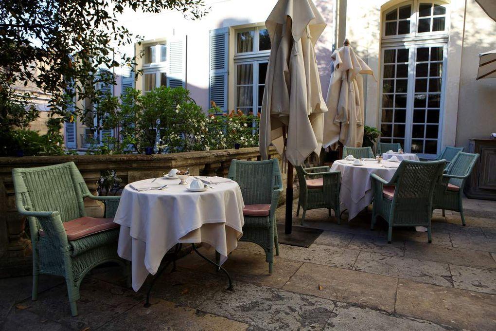 La Mirande, un décor et une équipe au service d'une très belle partition gastronomique. © Jean Bernard
