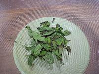 Astuce pour déshydrater au micro-ondes des herbes aromatiques
