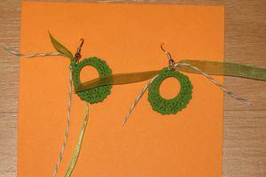 Boucles créoles verte en bois