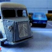 CAMIONNETTE CITROEN 1200 KG TYPE H DINKY TOYS 1/43 - car-collector.net