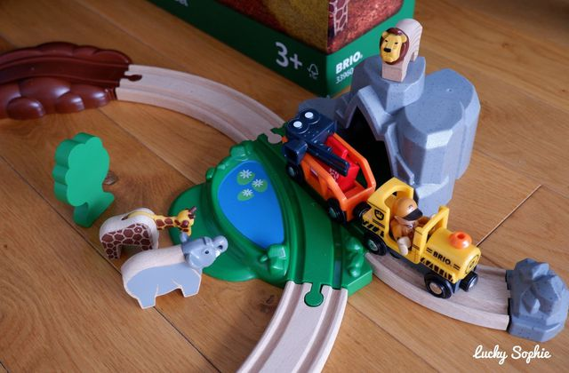 Le circuit de train Brio Safari 🐘