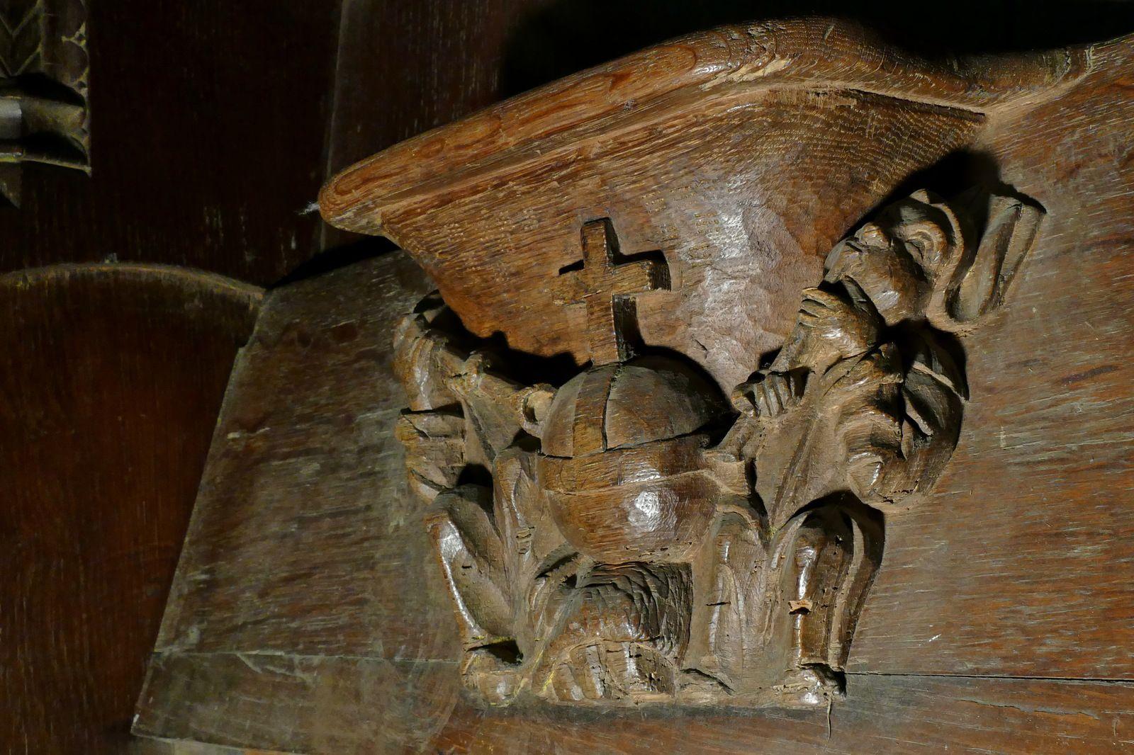 Les stalles sud (vers 1518-1525) de l'église Notre-Dame de La Guerche-de-Bretagne. Photographie lavieb-aile octobre 2020.