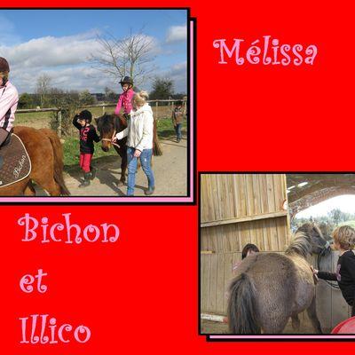 Mélissa monte à poney
